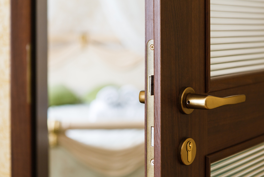 Custom Shower Doors Mirrors Amp Closet Organizer Manquin